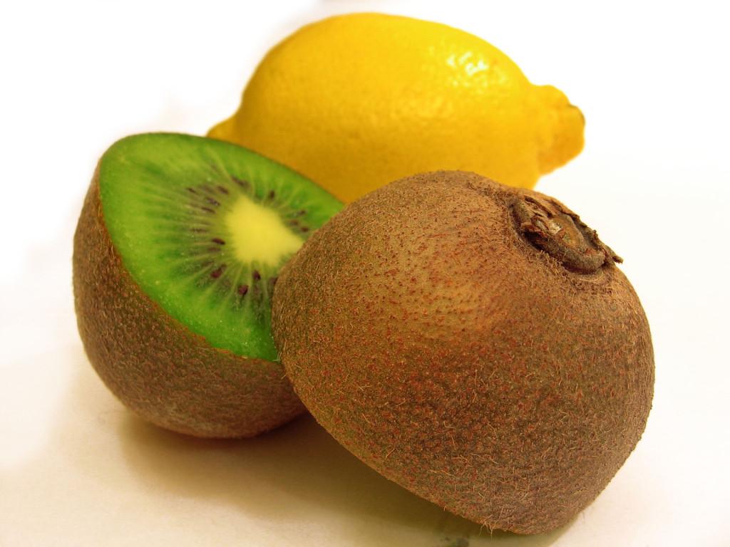 frutis-kiwi-1327709-1920x1440