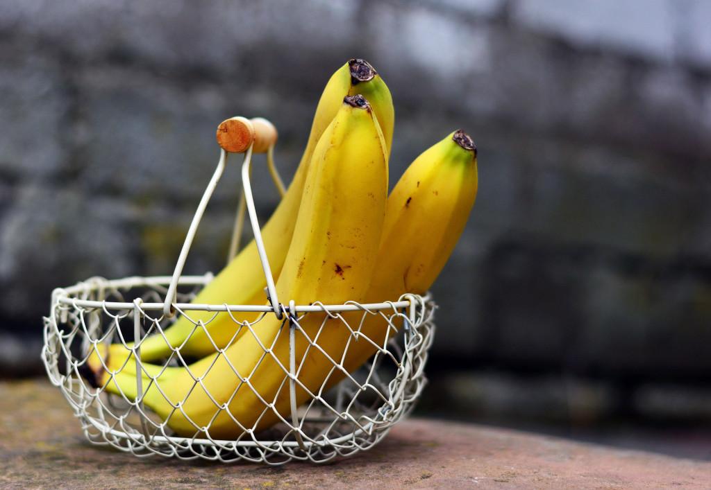 bananas-2412432_1920